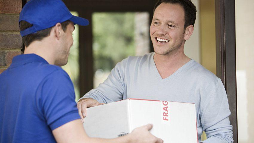 man-having-a-parcel-deliv-014-850x480