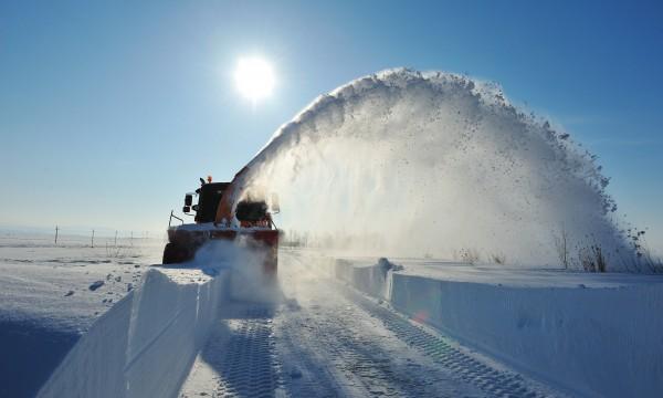 snow_plower-1434485580-600x360